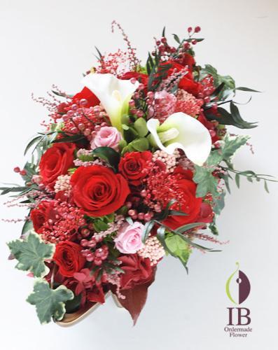 ブリザードフラワー 還暦お祝い 赤いバラ