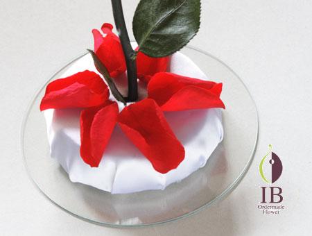 プリザードフラワー 赤いバラの花びら