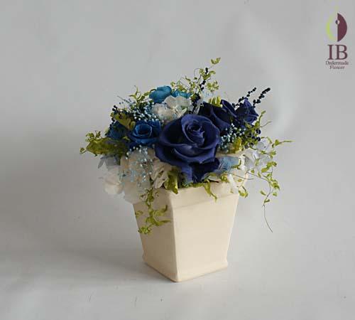 ブルーのバラプレゼント