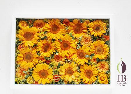 プリザーブドフラワ- オフィスの壁に飾るお花 夏