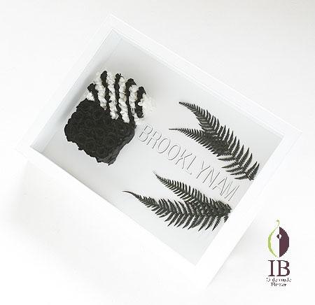 プリザーブドフラワー 黒バラ ロゴモチーフ