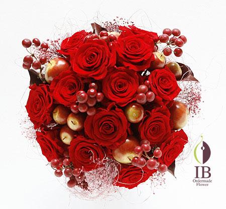 プリザーブドフラワ- レッドのバラのアレンジ